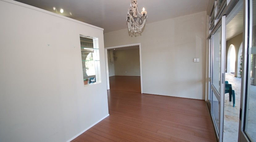 Gumtree 1 Suite 1 Feb 2016  01