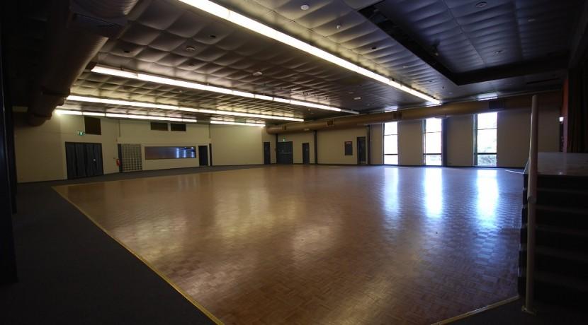 market-5-auditorium-10