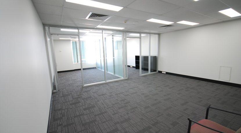 Magellan 75 Top Floor Back Suite (1)