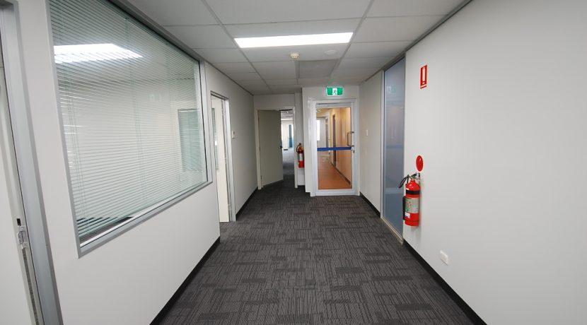 Magellan 75 Top Floor Back Suite (18)
