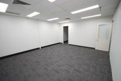 Magellan 75 Top Floor Front Suite (11)