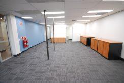 Magellan 75 Top Floor Front Suite (17)