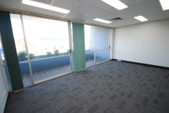 Magellan 75 Top Floor Front Suite (3)
